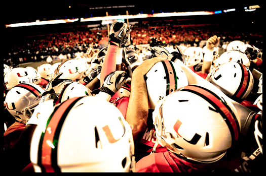 miami hurricanes team united hands the u go canes u family